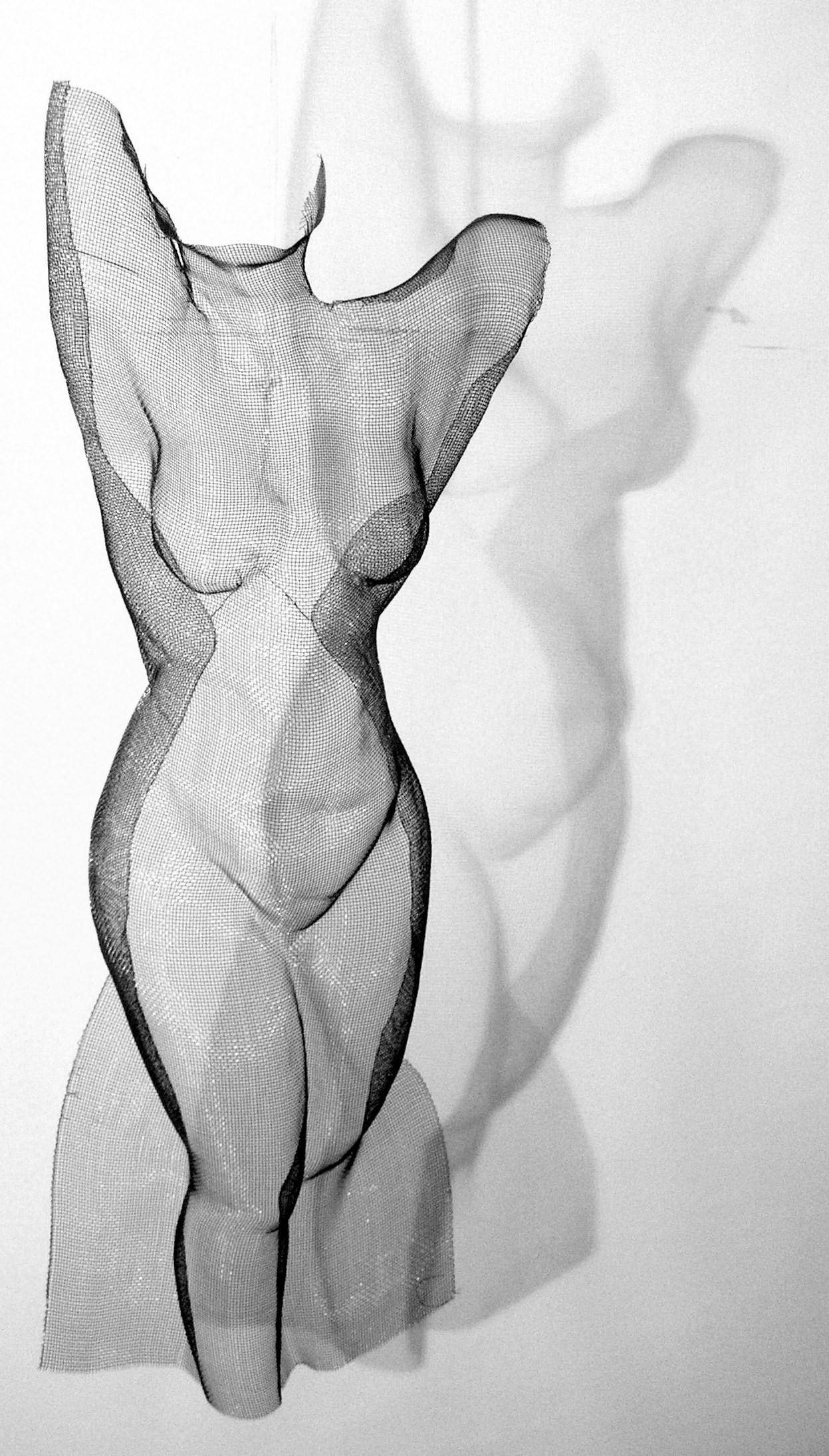 Kroppskonst i mesh av Johanna Forsberg.